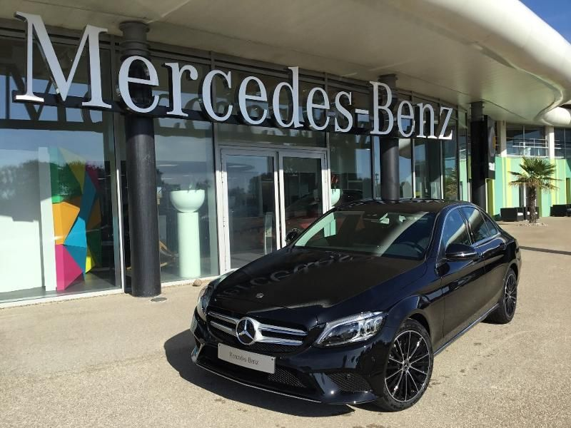 Holding RCM Mercedes Saga Benz en Vendée