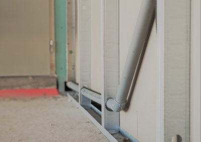 Tuyau d'évacuation dans cloisons murales